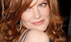 Rene Russo Desktop wallpapers