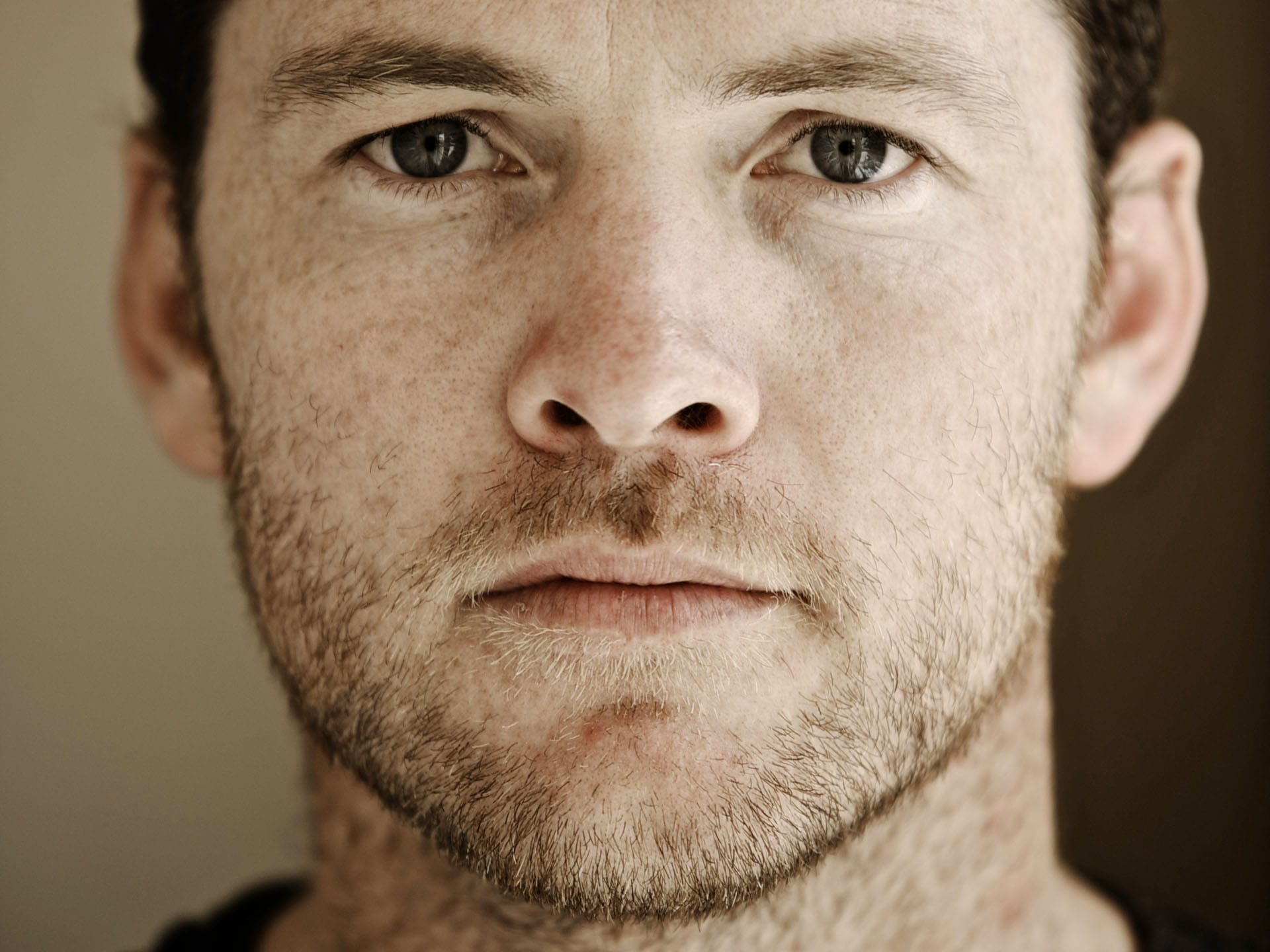 Sam Worthington Desktop wallpapers