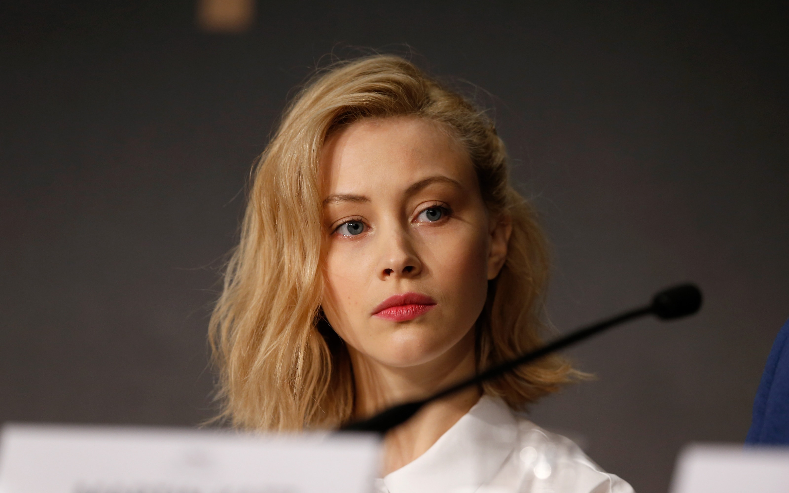 Sarah Gadons Desktop wallpapers