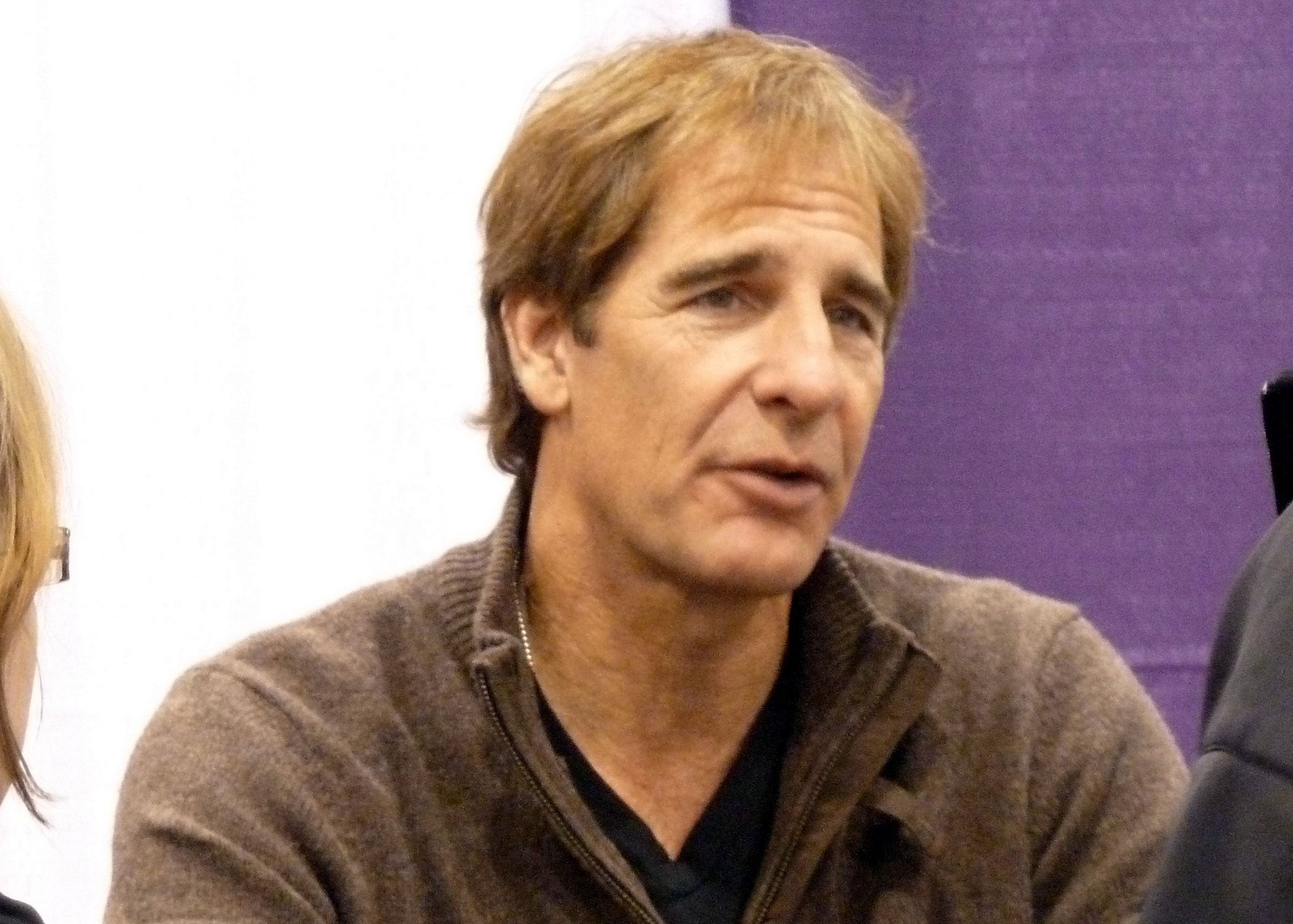 Scott Bakula Screensavers