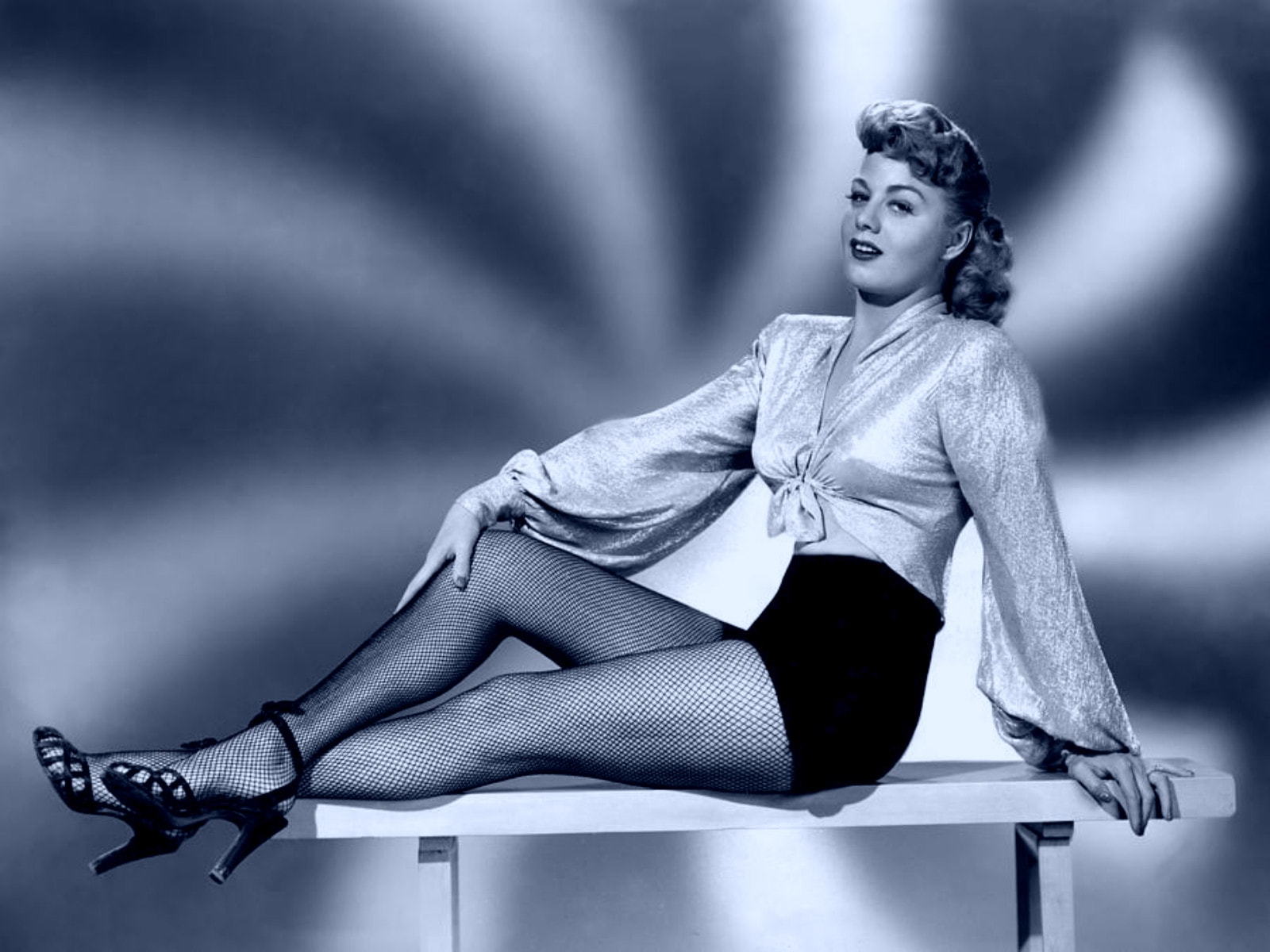 Shelley Winters Desktop wallpapers