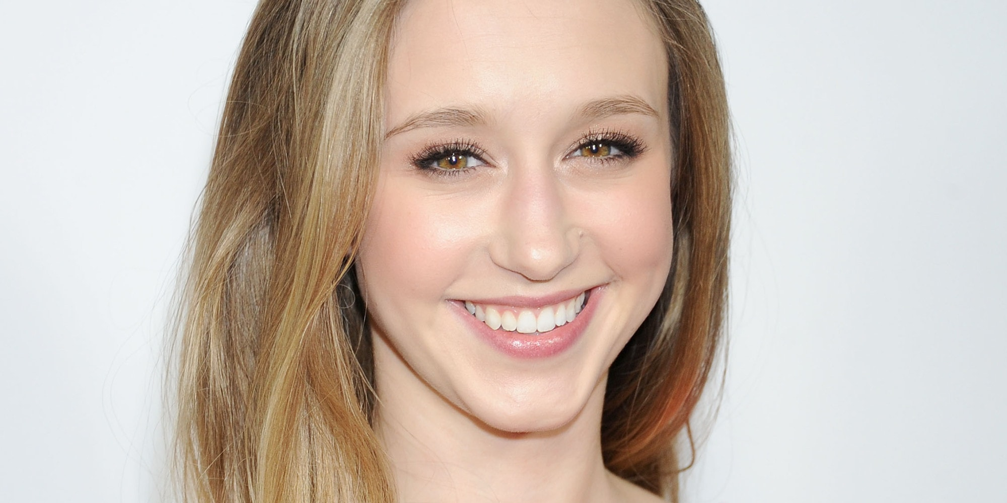 Taissa Farmiga Desktop wallpapers