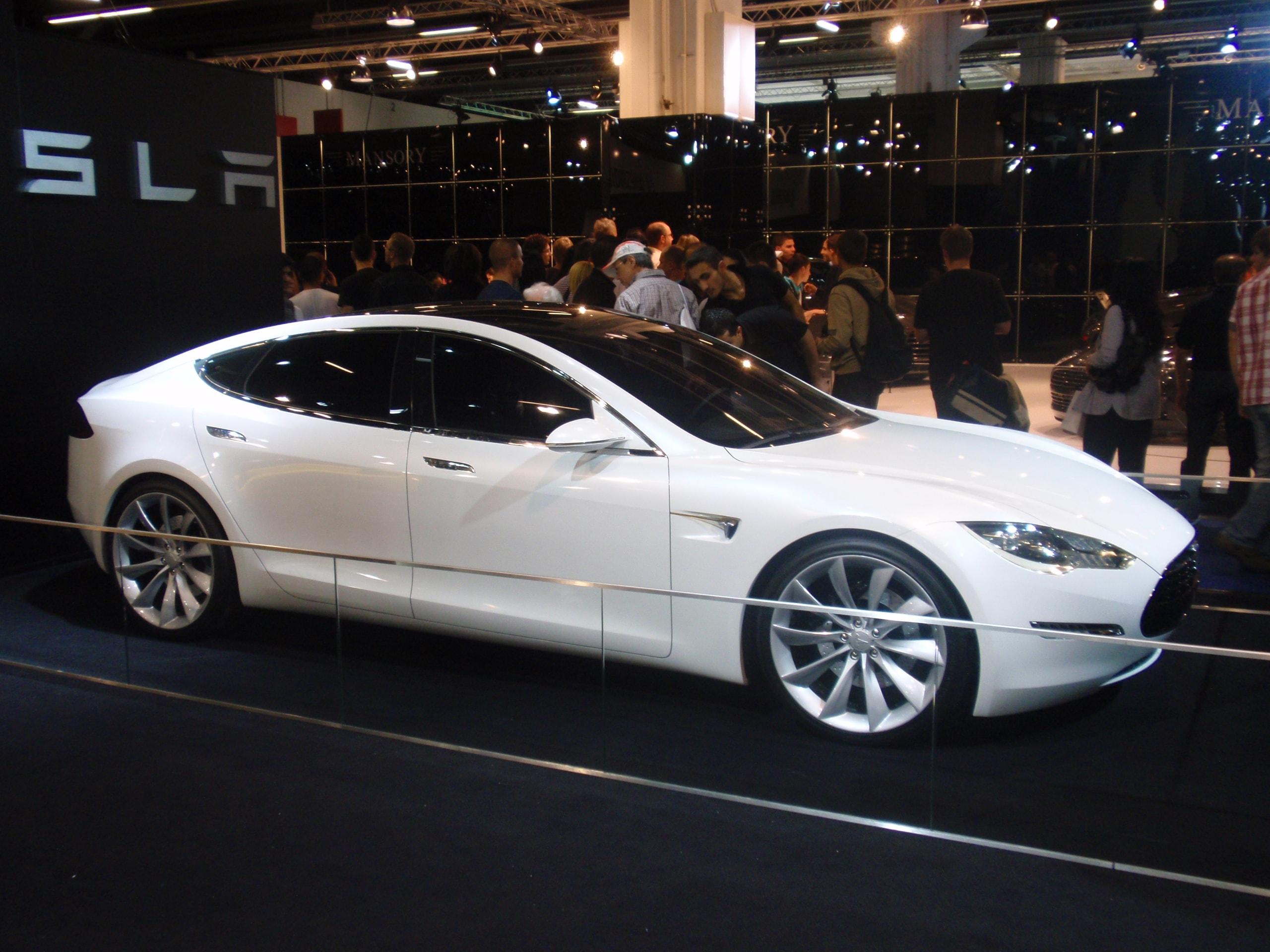 Tesla Model S Desktop wallpapers