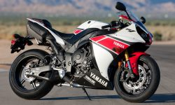 Yamaha YZF-R1 2012 Screensavers