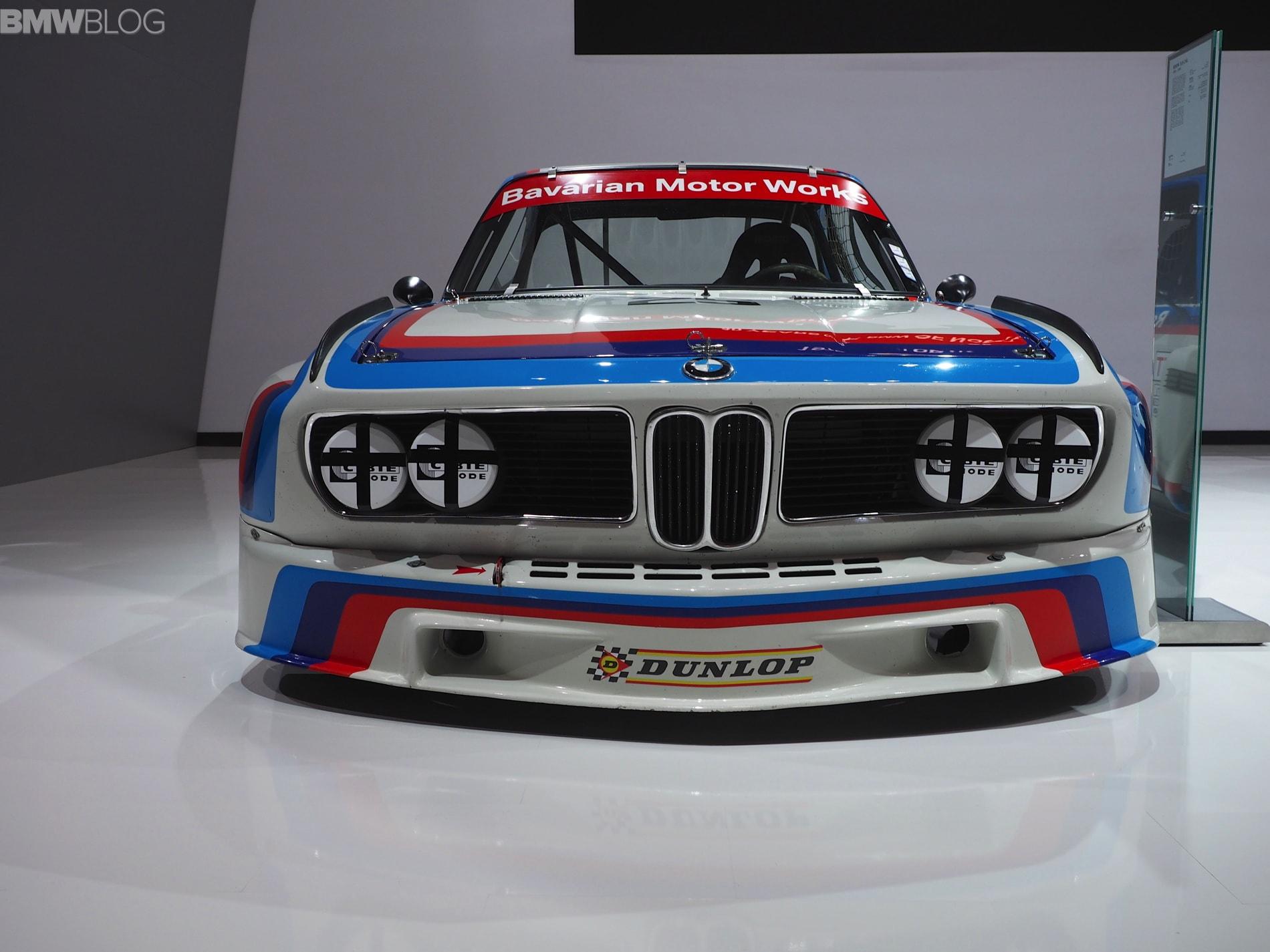 1973 BMW 3.0 CSi Background