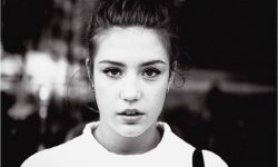 Adele Exarchopoulos Background