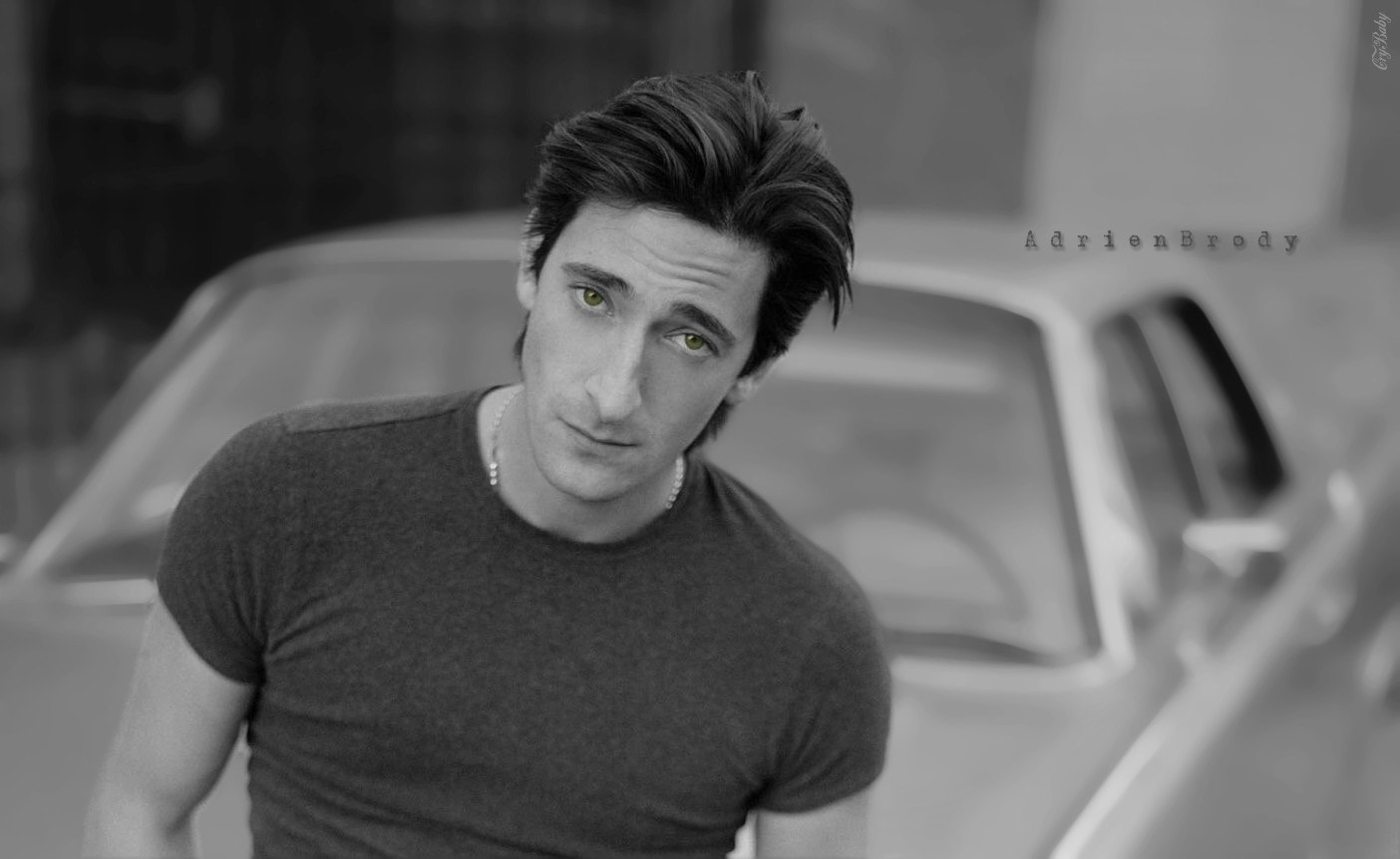Adrien Brody Background