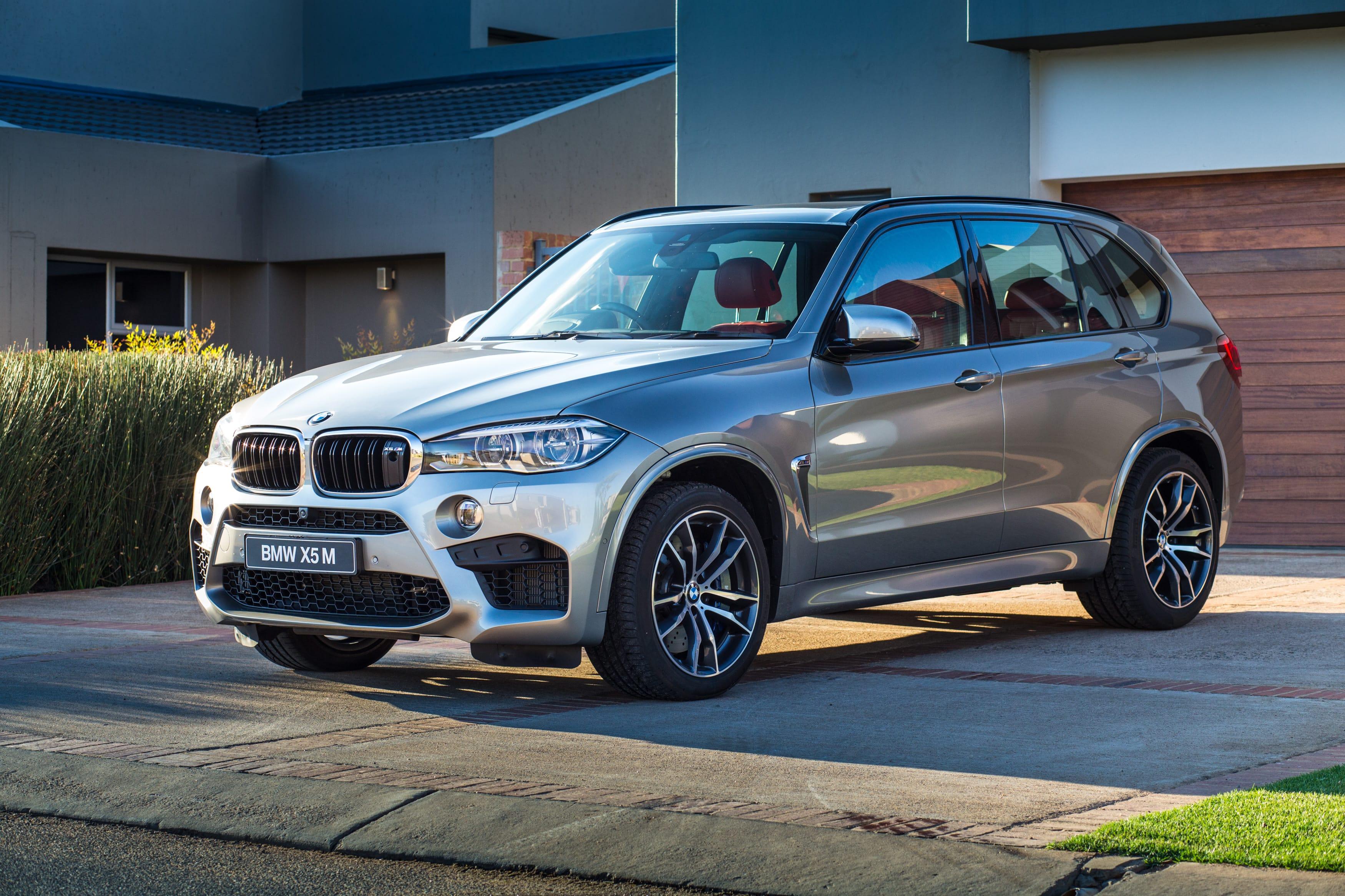 BMW X5M (F85) Background