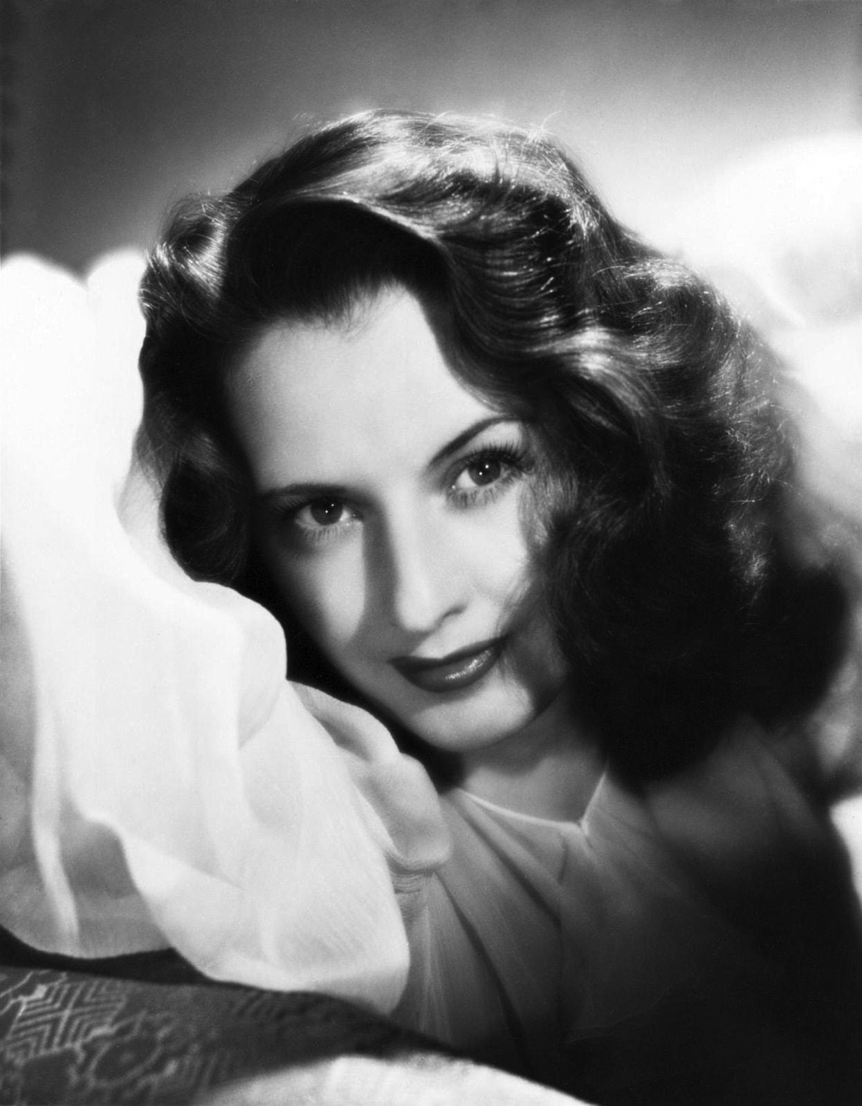 Barbara Stanwyck Background