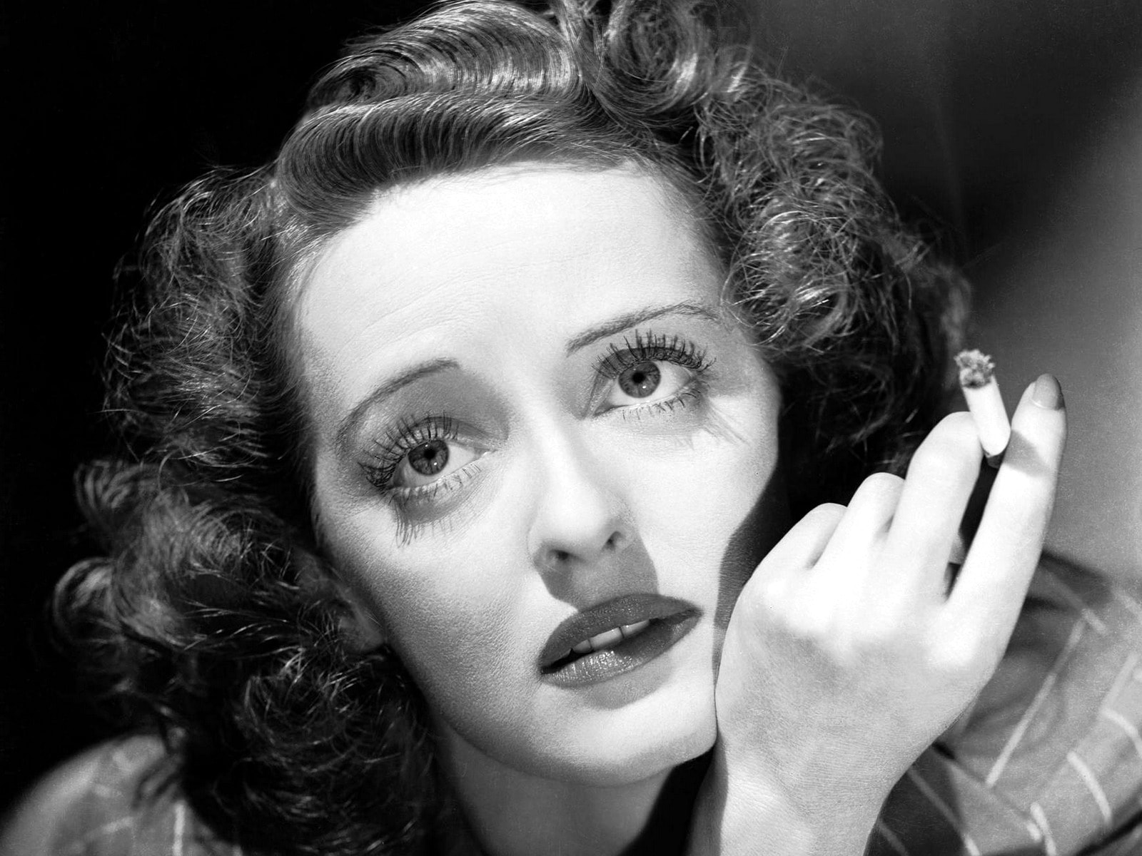 Bette Davis Background