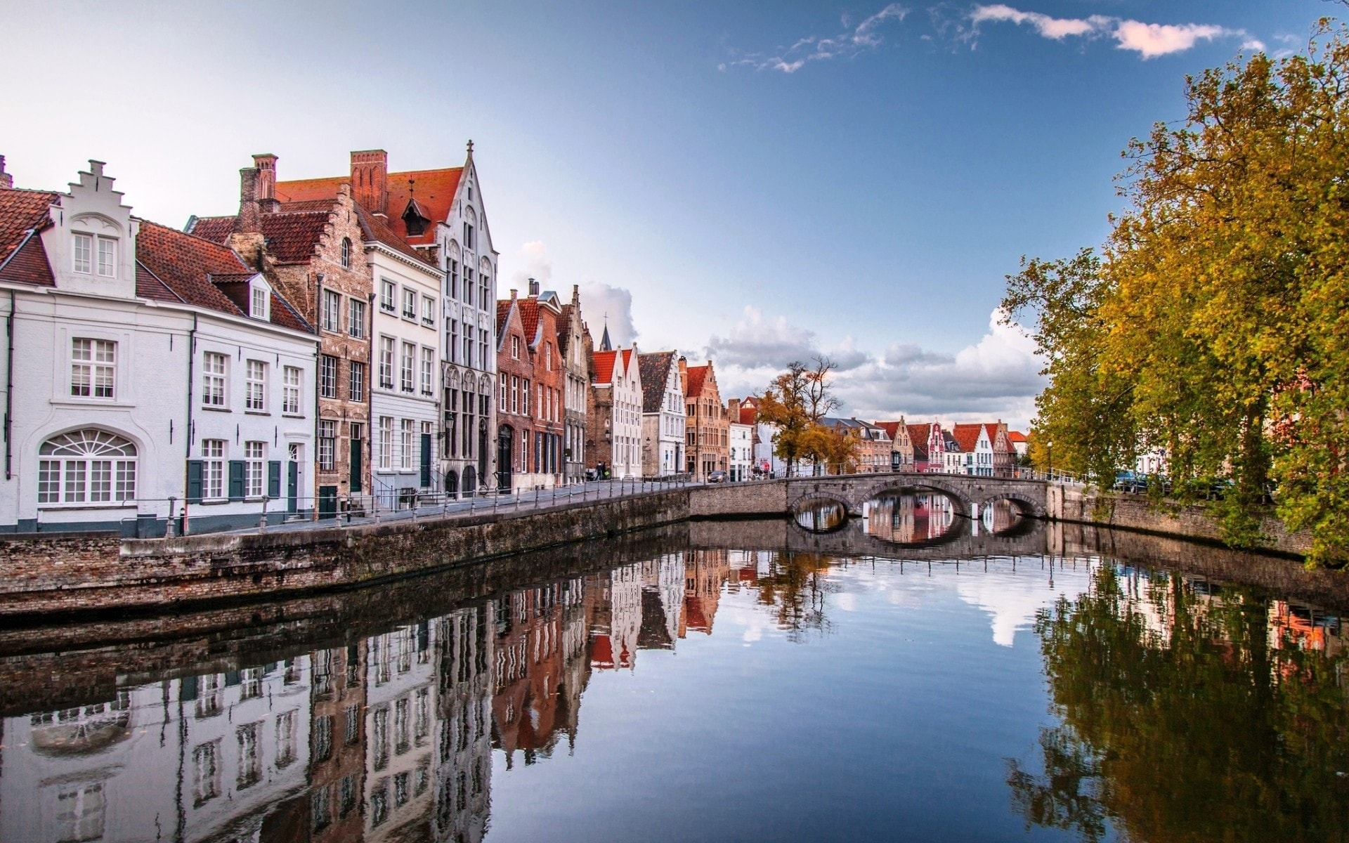 Bruges Background