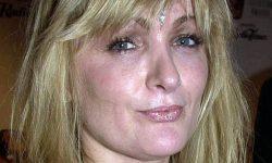 Caroline Aherne Background