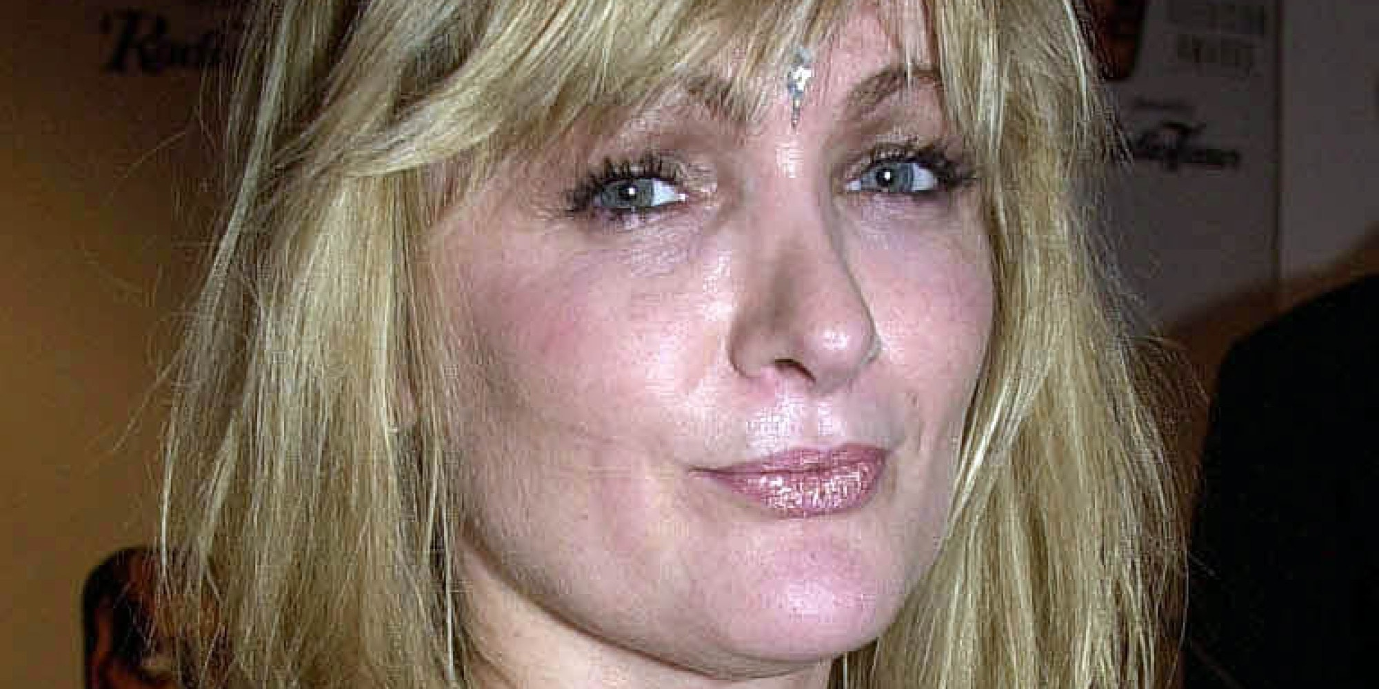 Caroline Aherne Background