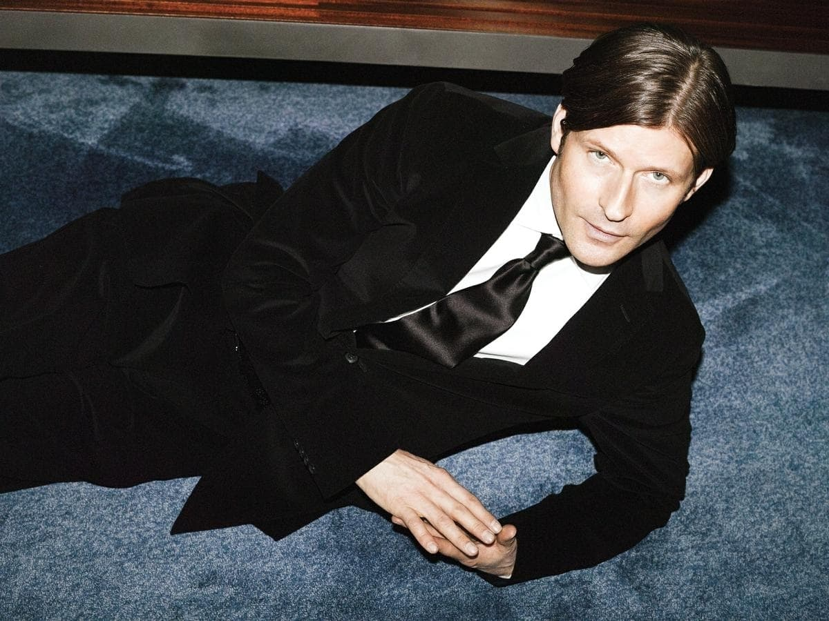Crispin Glover Background