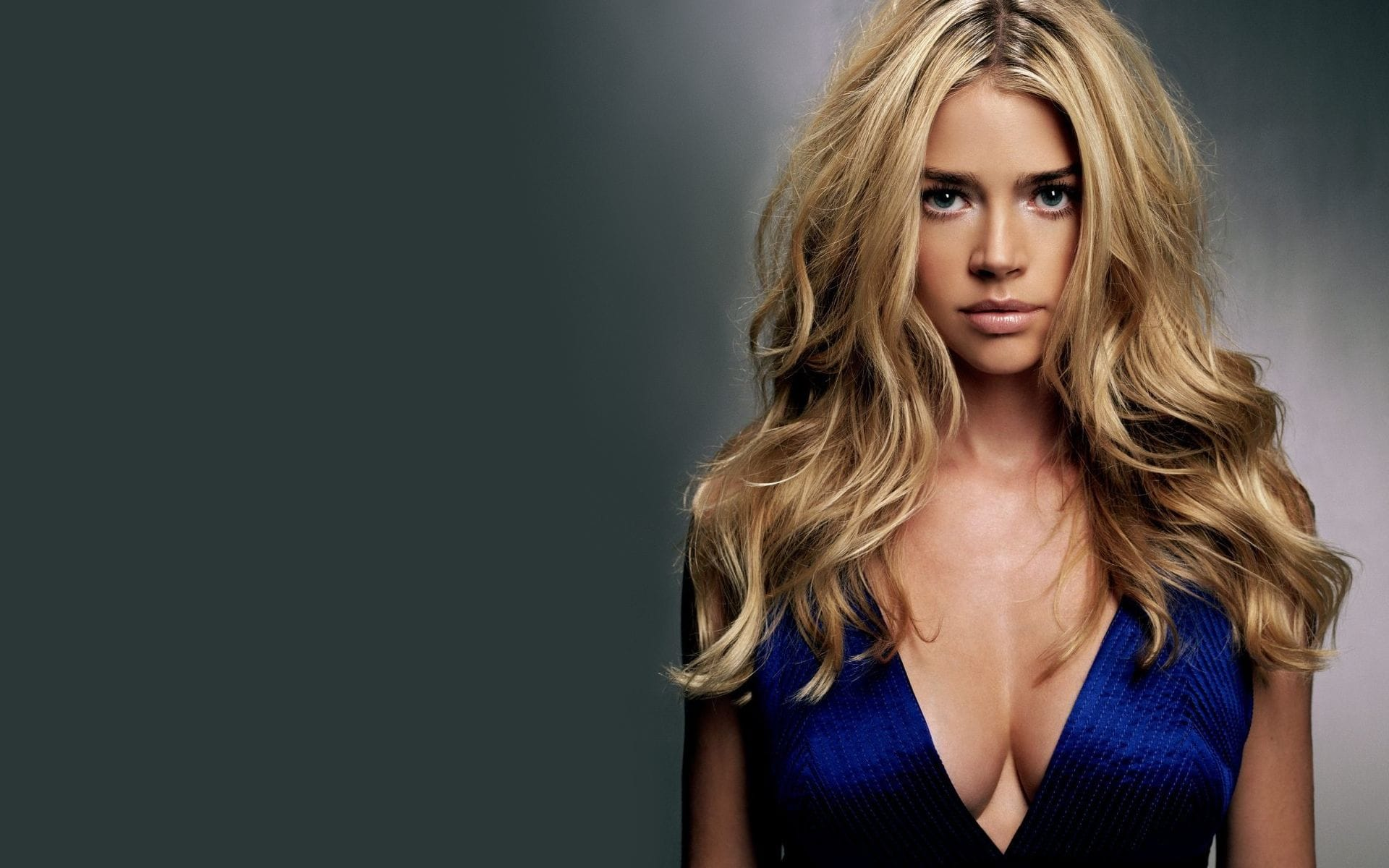 Denise Richards Background