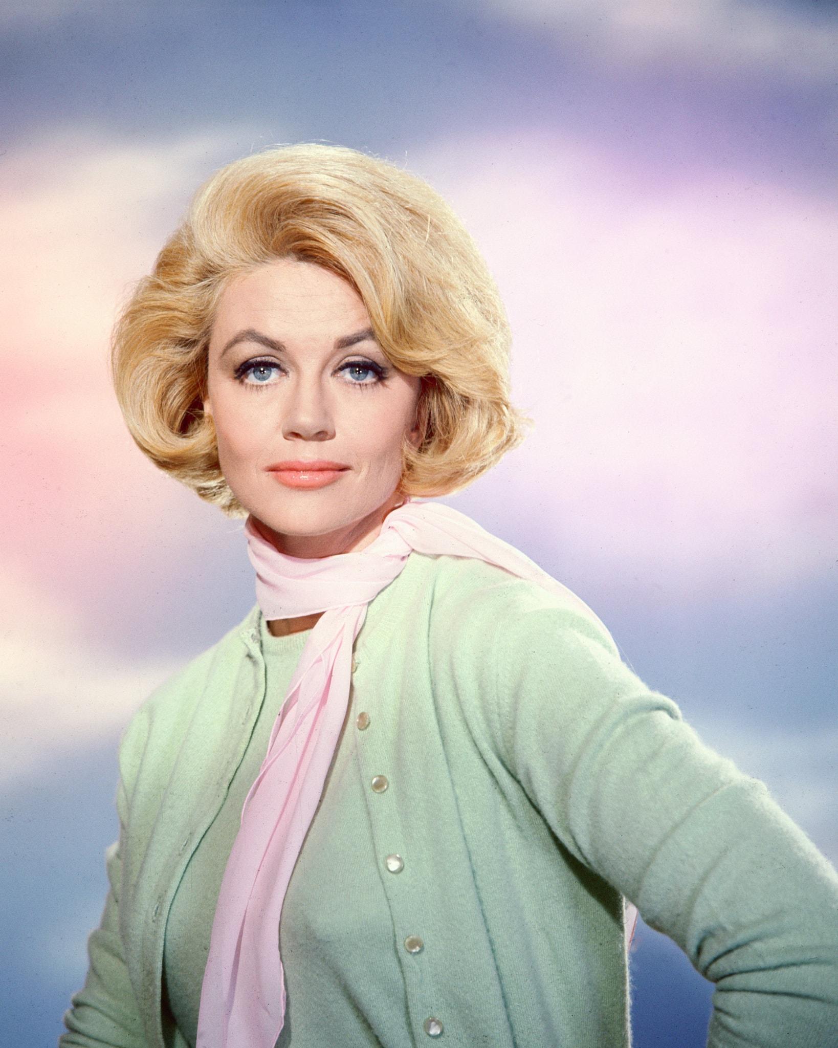 Dorothy Malone Background