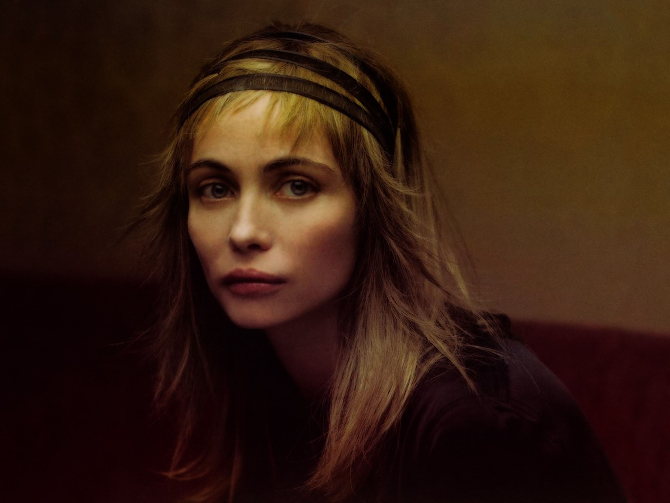 Emmanuelle Beart Background
