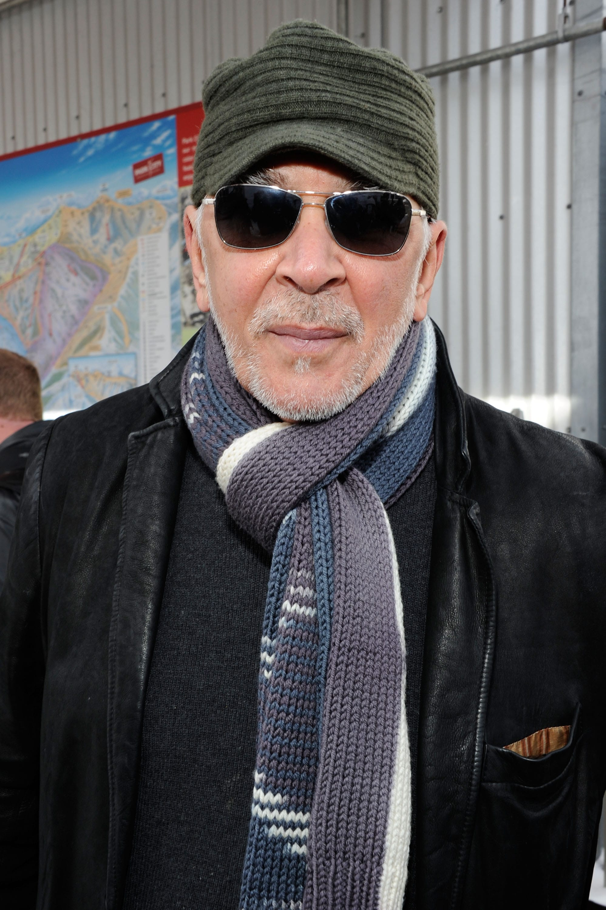 Frank Langella Background
