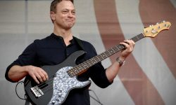 Gary Sinise Background