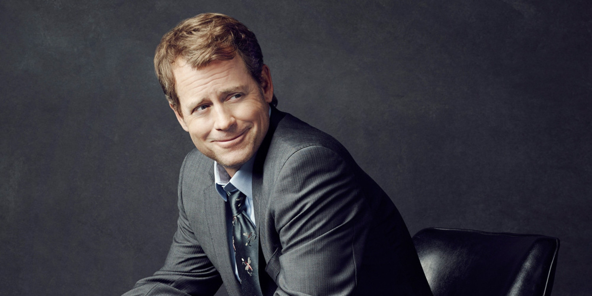 Greg Kinnear Background