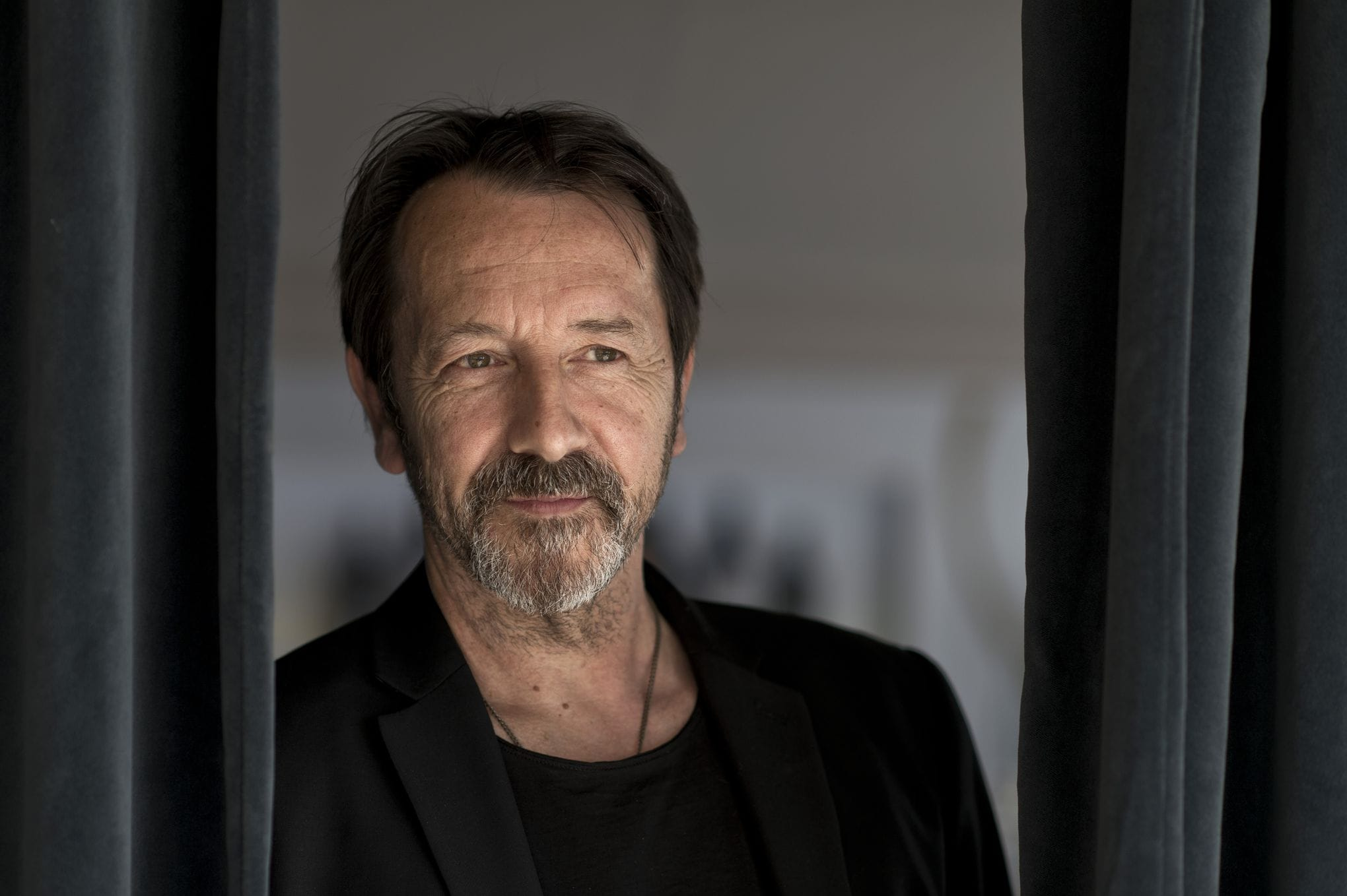Jean-Hugues Anglade Background