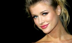 Joanna Krupa Background