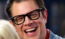 Johnny Knoxville Background