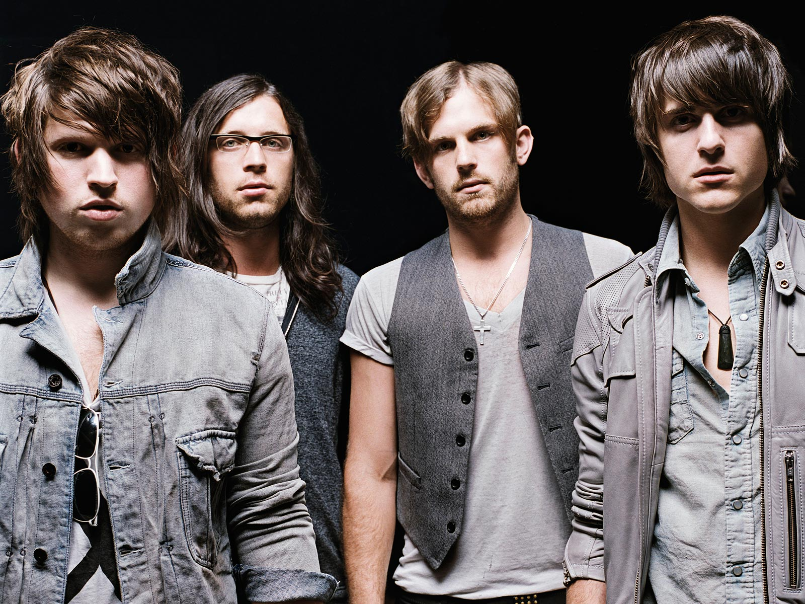 Kings of Leon Background