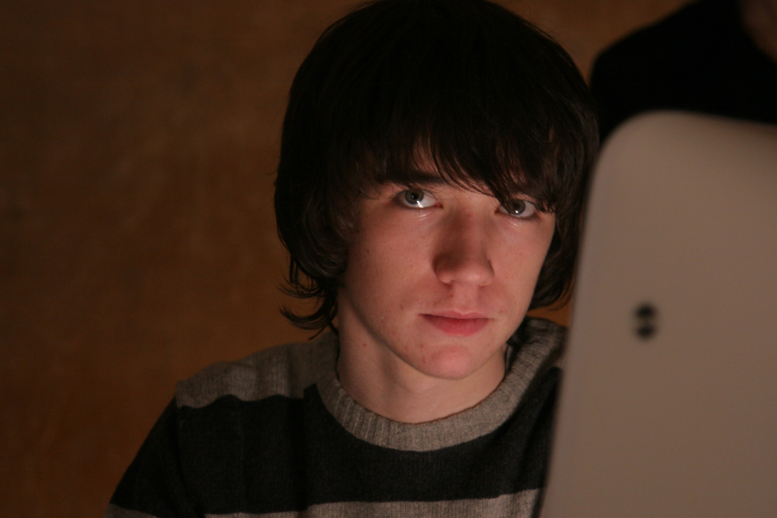 Liam Aiken Background