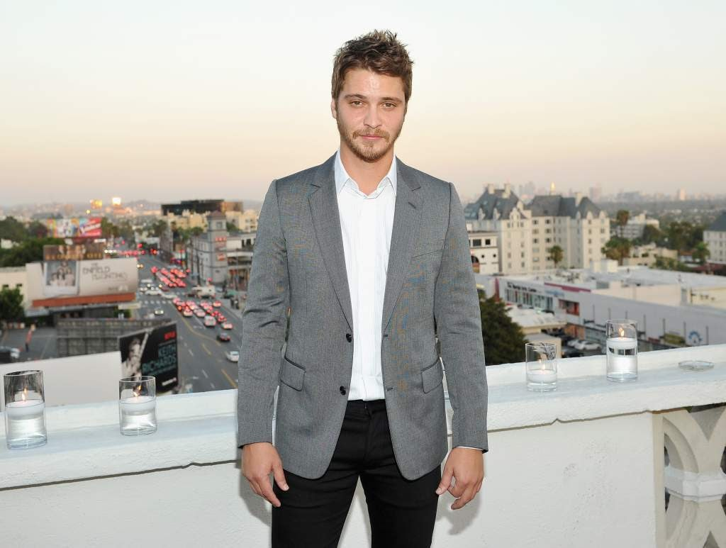 Luke Grimes Background