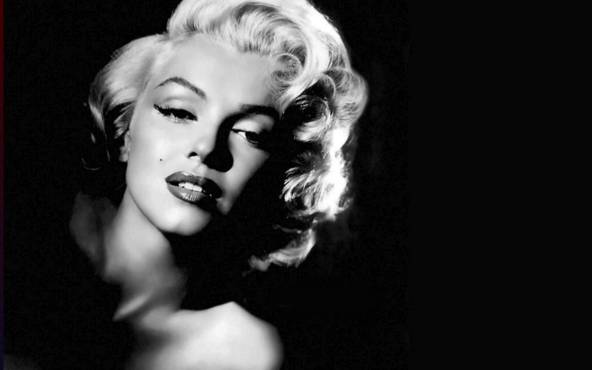 Marilyn Monroe Background