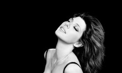 Marisa Tomei Background