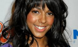 Marsha Thomason Background