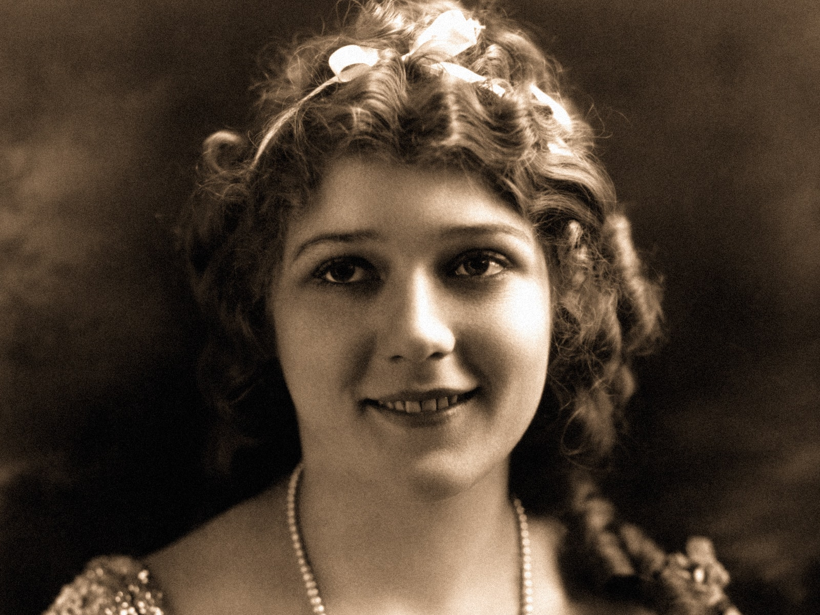 Mary Pickford Background