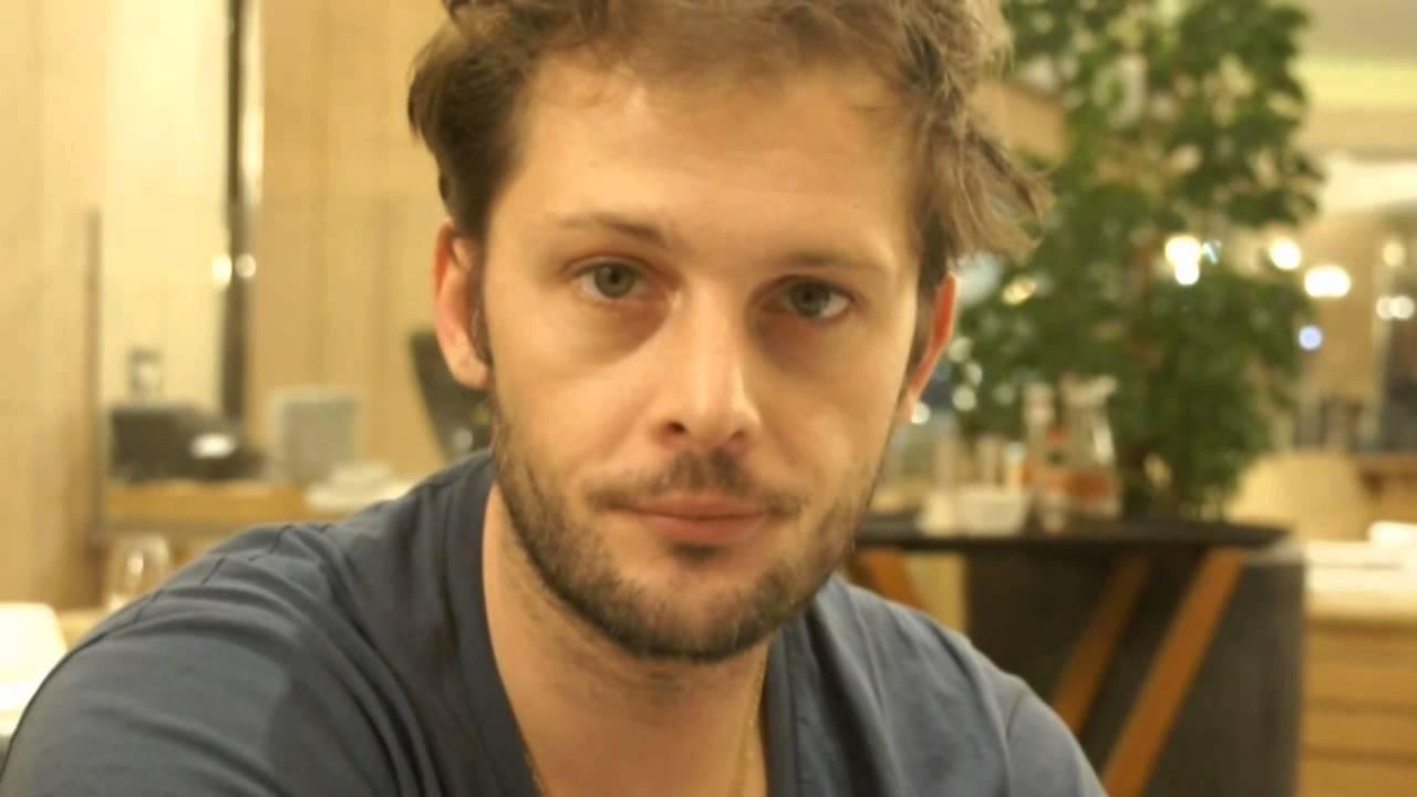 Nicolas Duvauchelle Background