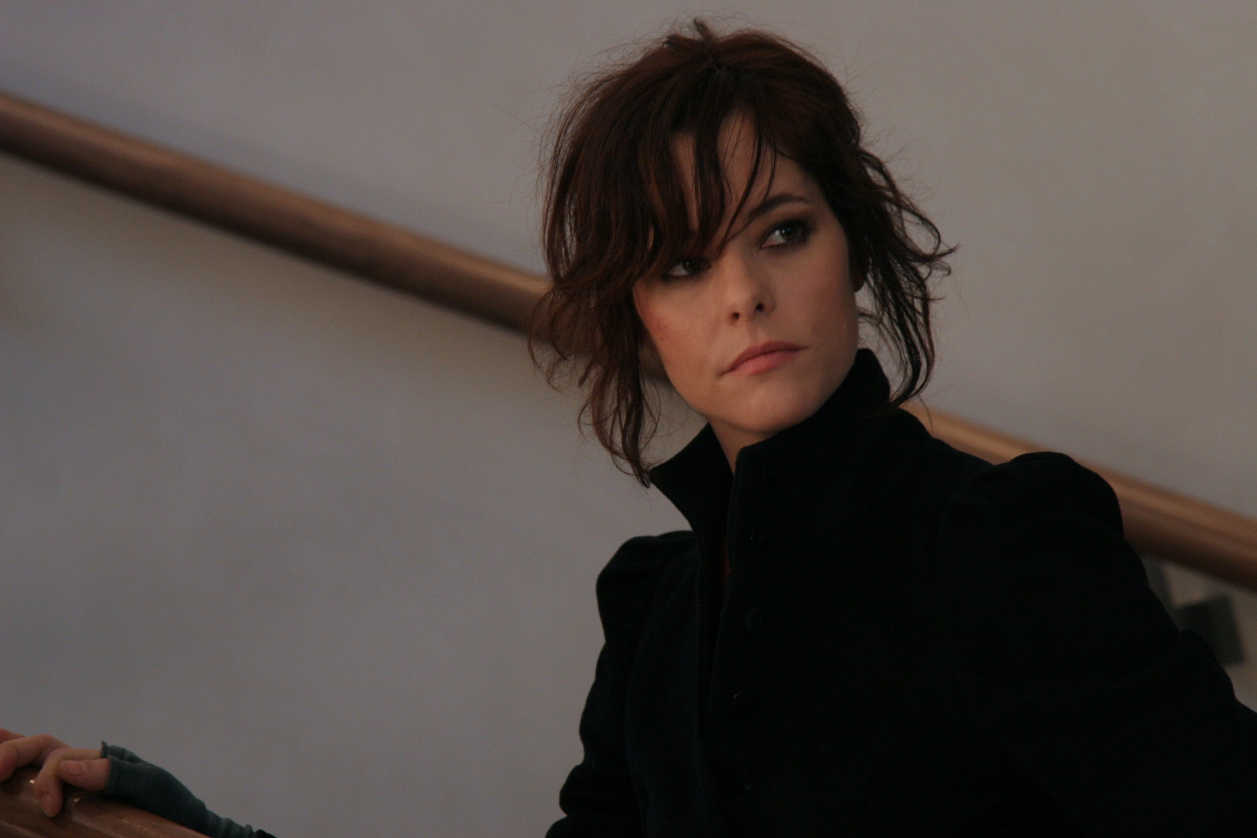 Parker Posey Background
