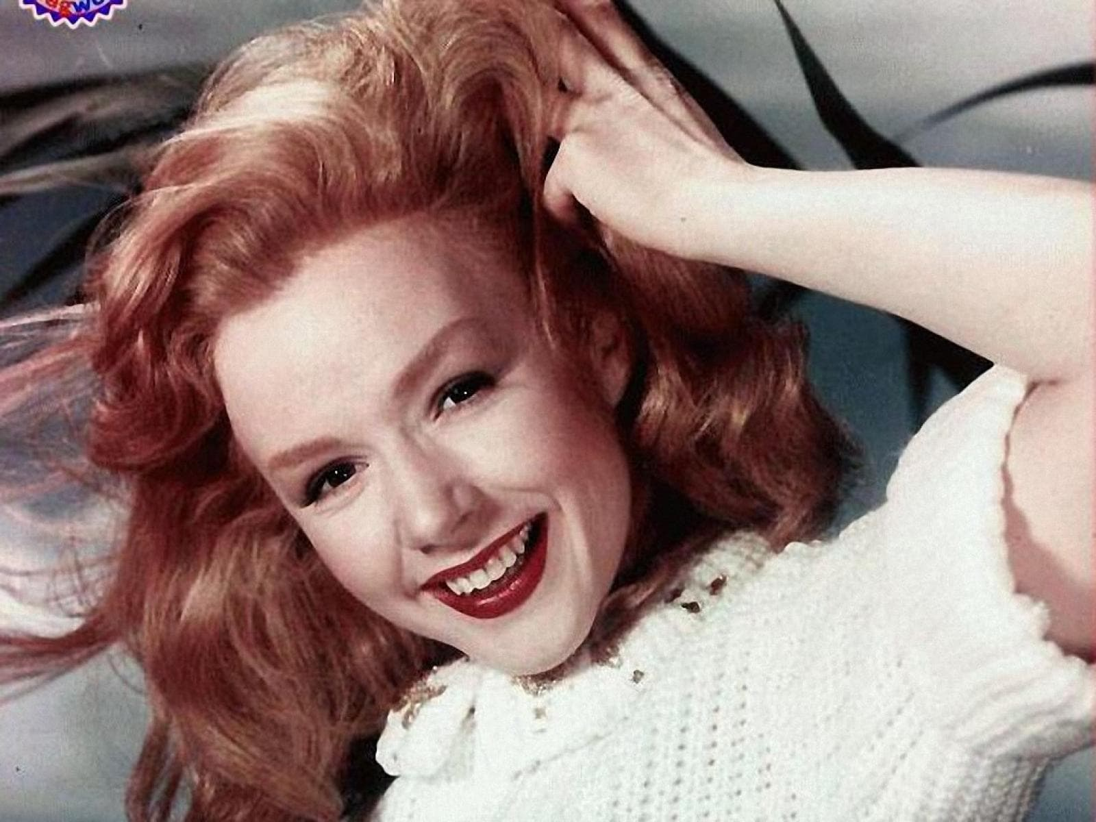 Piper Laurie Background