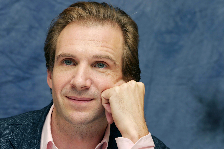 Ralph Fiennes Background