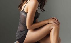 Rashida Jones Background