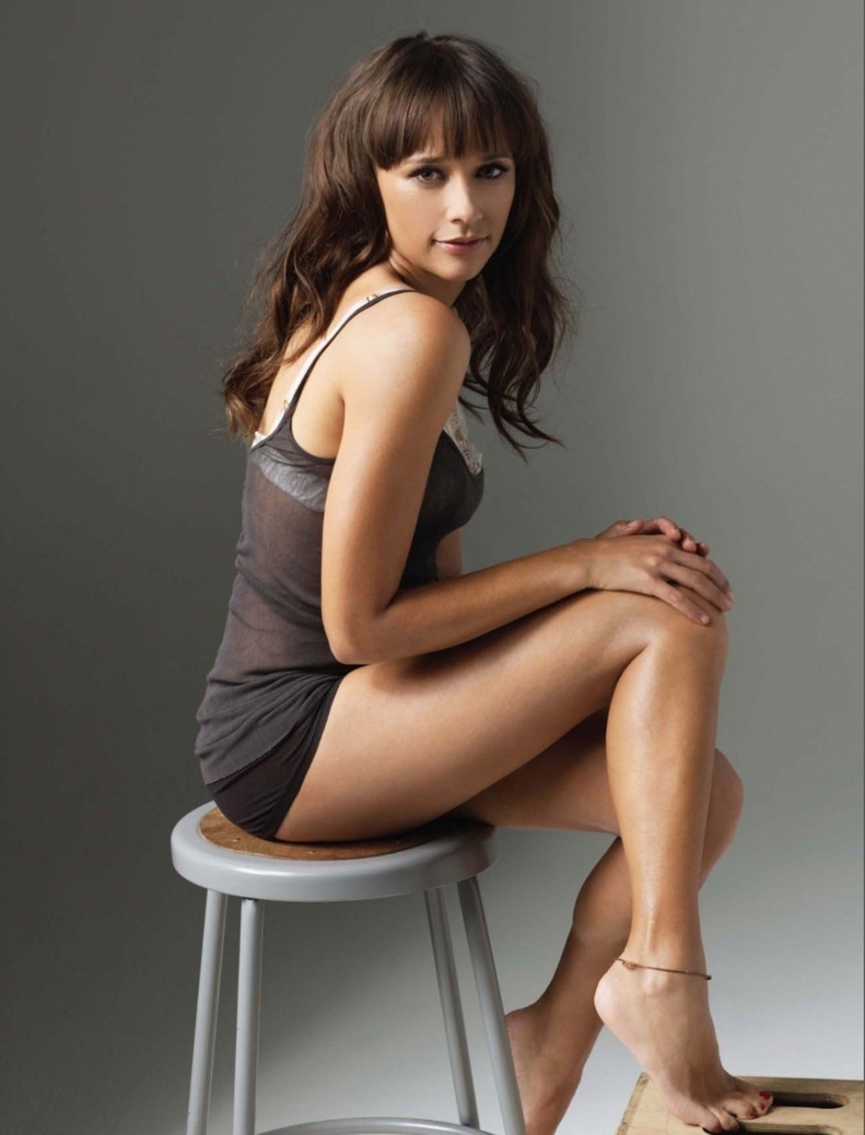 Rashida Jones Background