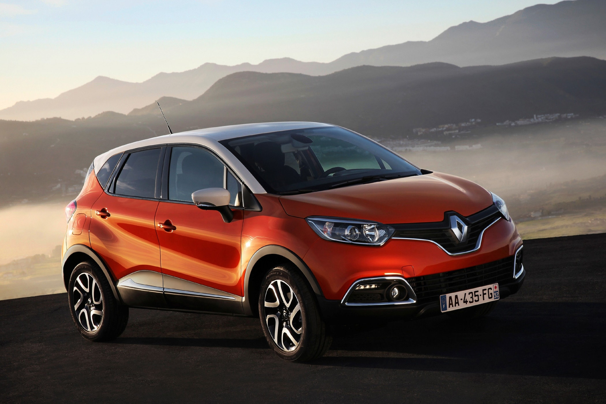 Renault Kaptur HQ wallpapers