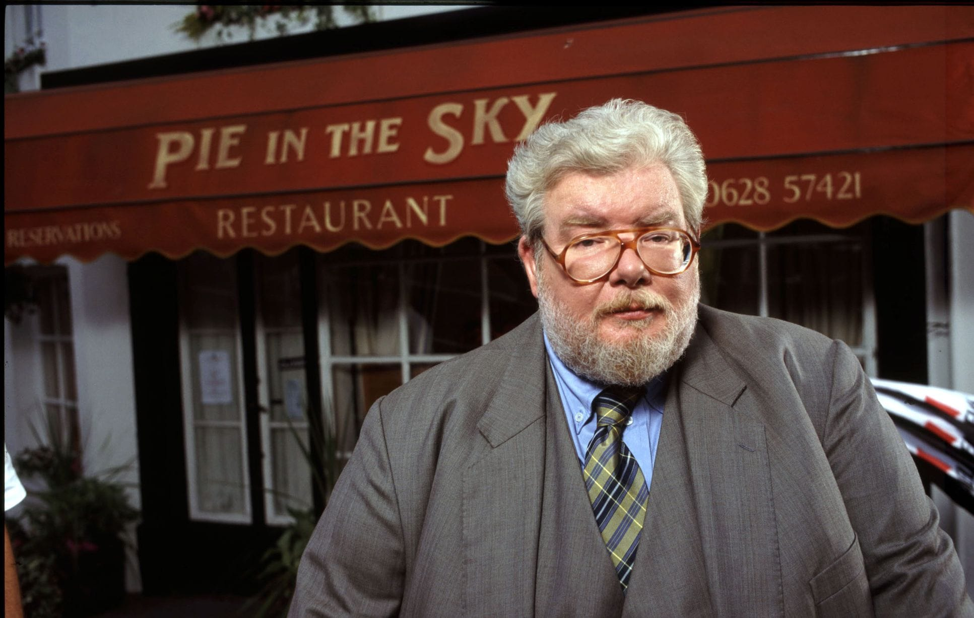 Richard Griffiths Background