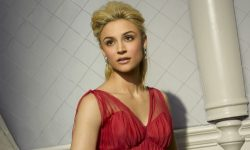Samaire Armstrong Background