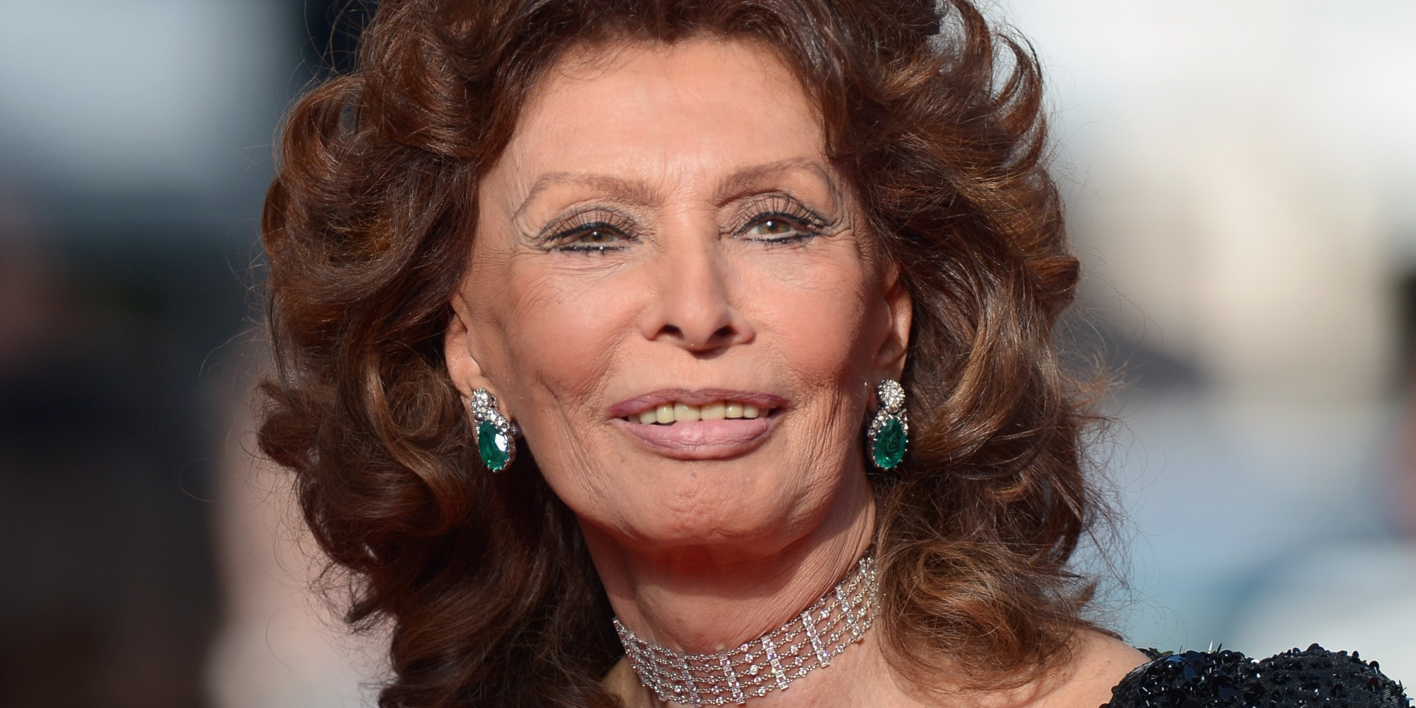 Sophia Loren Background