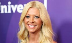Tara Reid Background