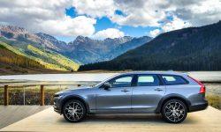 Volvo V90 Cross Country Background