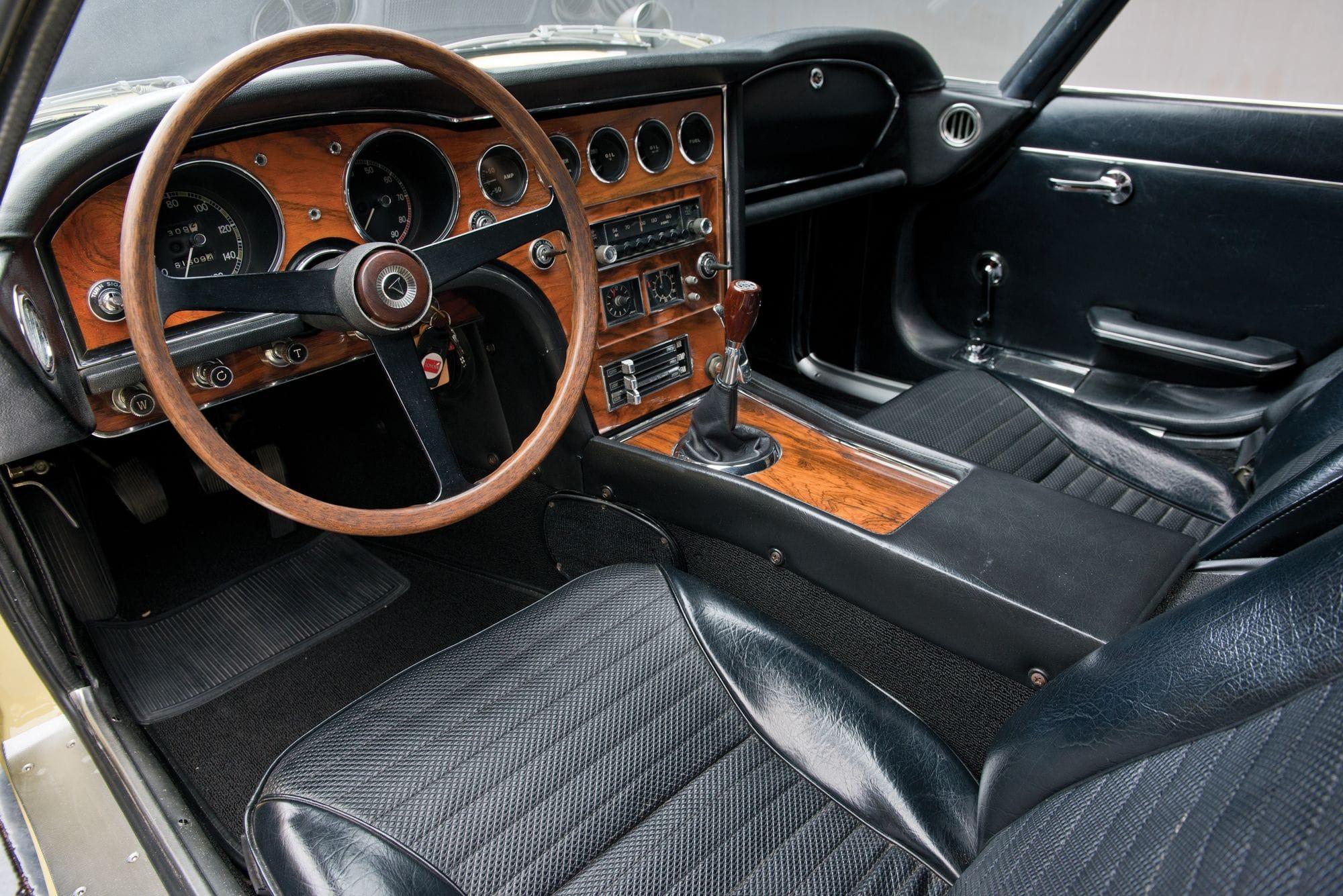 1967 Toyota 2000GT HD pics