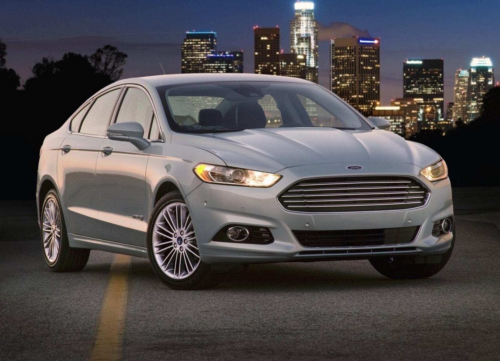 2013 Ford Fusion HD pics