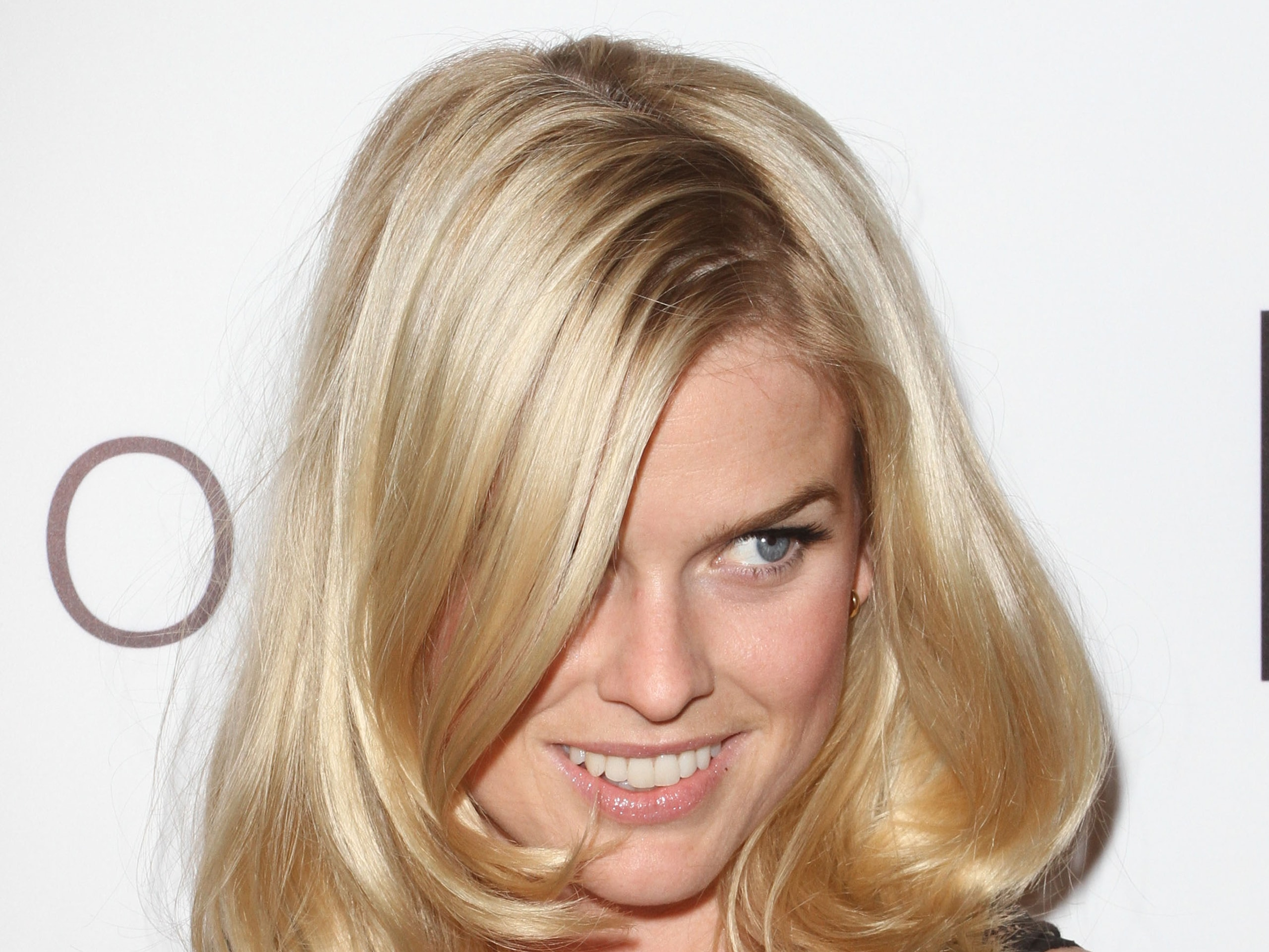 Alice Eve HD pics