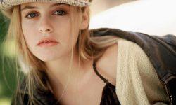 Alicia Silverstone HD pics